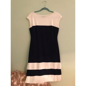 Navy Donna Morgan Maternity Dress Small